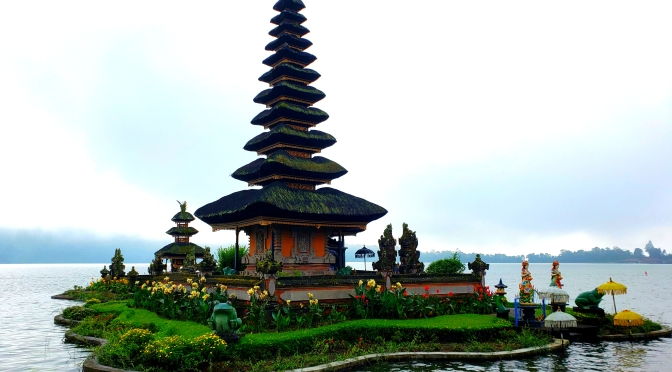 In Bali, thinking of a nice Day Trip?!? Check out Ulun Danu Beratan Temple